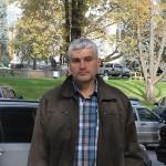 Alexandru Slusari: agricultorii sînt ruinaţi pentru a permite vânzarea pămîntului către străini