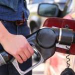 Se ieftineşte benzina şi motorina