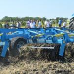 """Prezentarea tehnicii agricole de către """"Sanctum AG"""". Reportaj foto"""