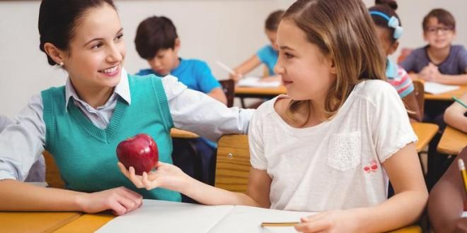 În luna octombrie va fi lansat Programul național de asigurare a elevilor cu fructe proaspete