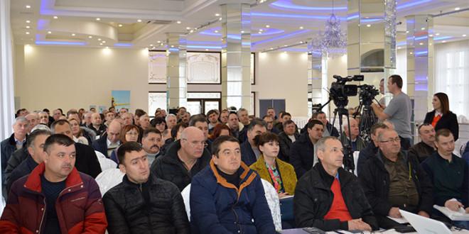 Seminarele companiei BASF dedicate culturilor multianuale. Reportaj foto