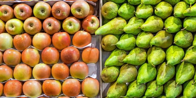 Rusia interzice importul merelor și perelor din Belarus