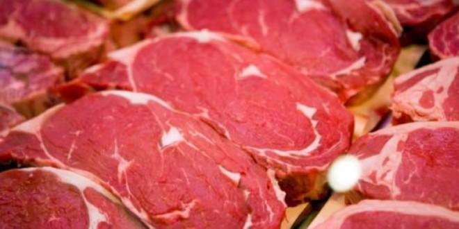 Stocurile de carne de porc se acumulează în UE din cauza coronavirusului şi pestei porcine